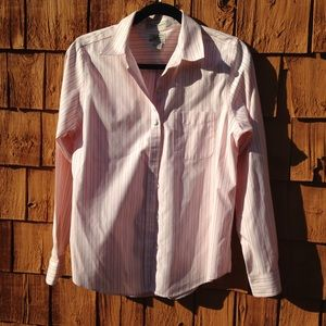 LL Bean Wrinkle Resistant Button Down Blouse